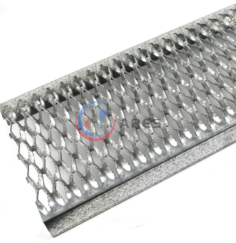 Diamond channel grating